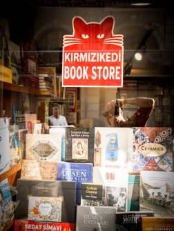 librairie-chat-tunnel-beyoglu-galata-istanbul-voyage-turquie