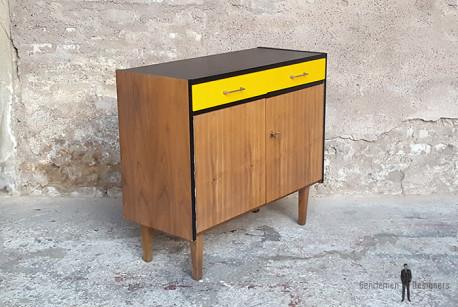 meuble 2 portes 2 tiroirs vintage noyer relooke noir jaune