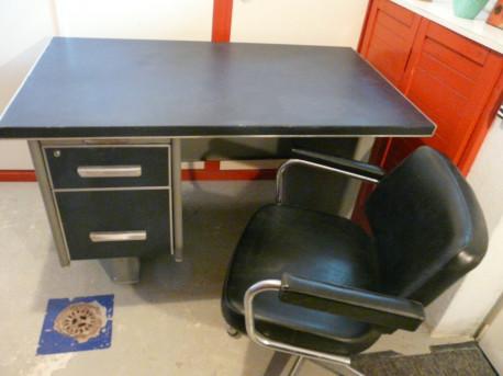 bureau d atelier metal gris type strafor vintage