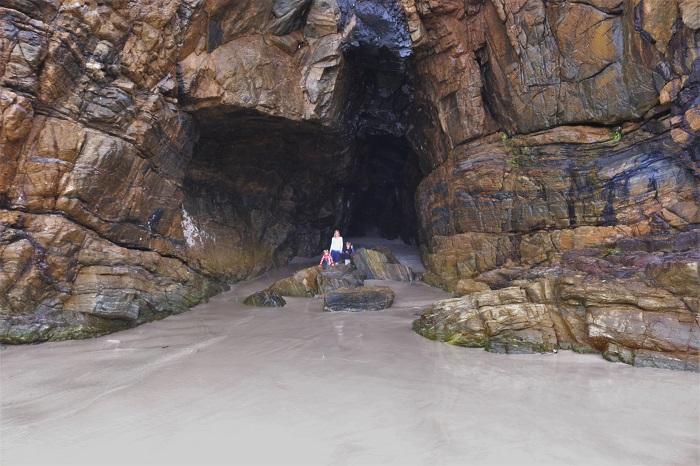 136-gruta