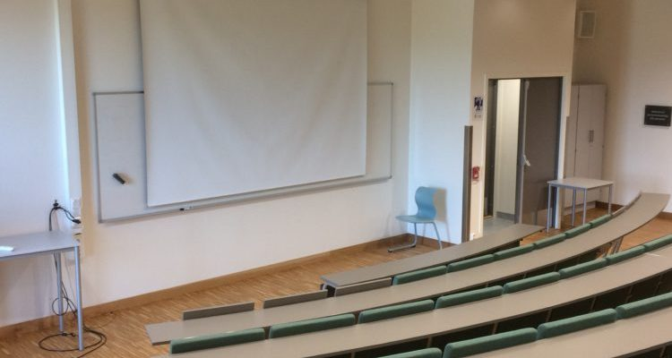 Auditorium École Haugenstaten à OSLO