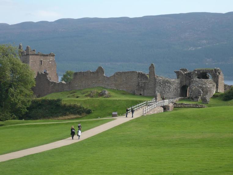 Urquhart Castle (11)