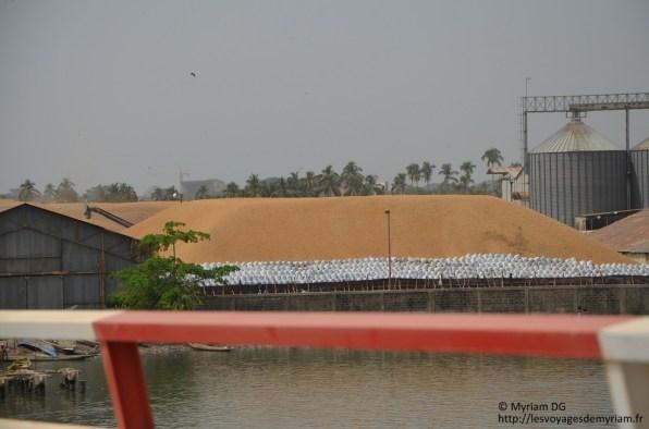 L'usine d'arachide. Impressionnant!!