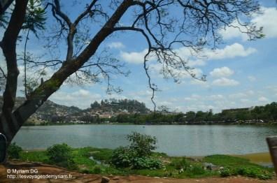 Le Lac ANOSY, où se déverse les égouts de la ville!