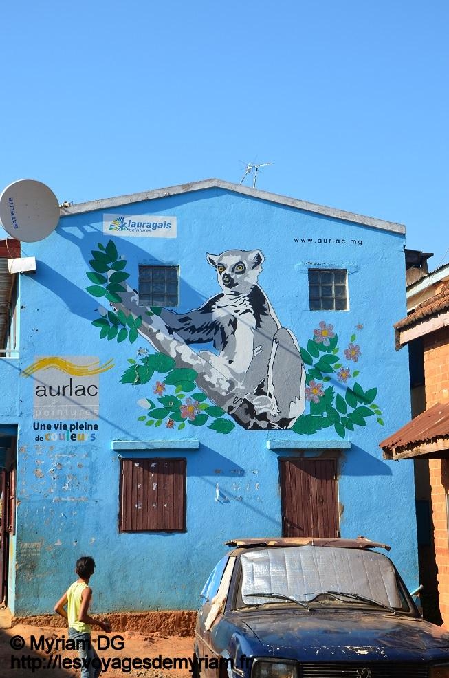 Une facade de maison: c'est une publicité mais je la trouve superbe!