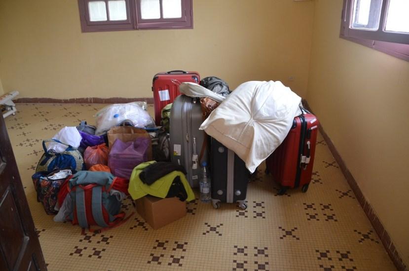 Les bagages pour partir à 8 au mariage! Pour 5 jours!!