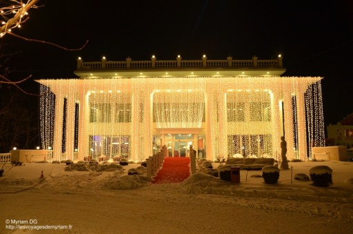 Le bâtiment où nous avons dormis! Féérique!!!