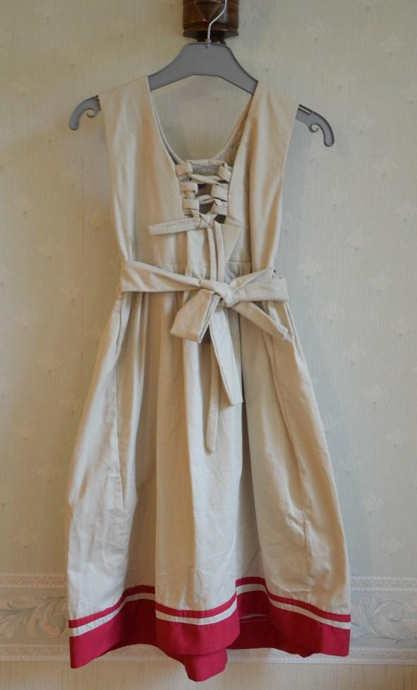robe-brodee-6-ans-madagascar (8)