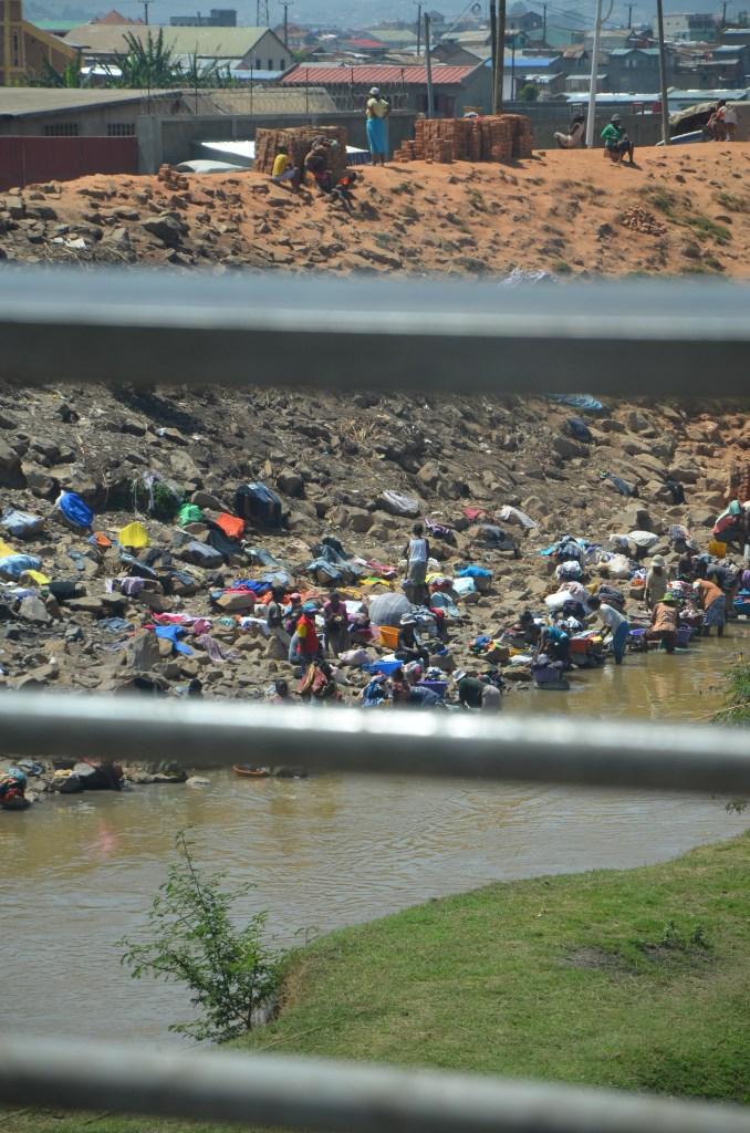 la rivière Ikopa à Antananarivo à Madagascar