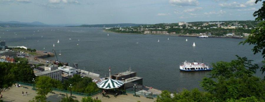 Vue sur le St Laurent depuis la Citadelle de Québec