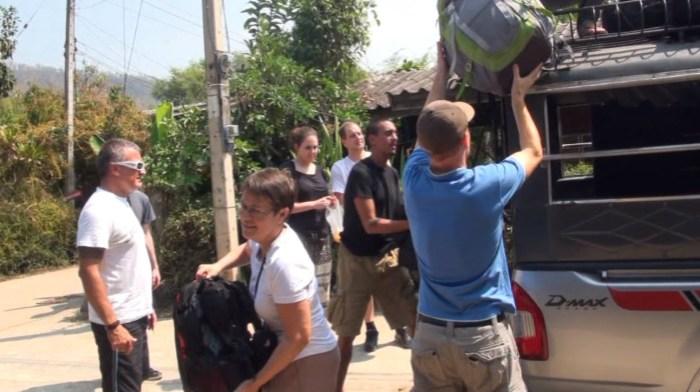 Départ du groupe pour le trek dans les montagnes au nord de Chiang Mai