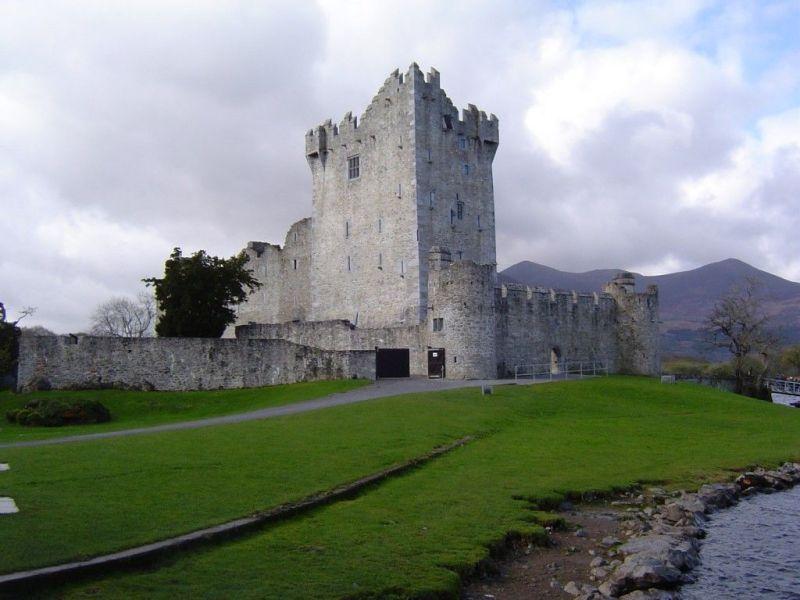 Château de Ross - Parc national de Killarney (Irlande)