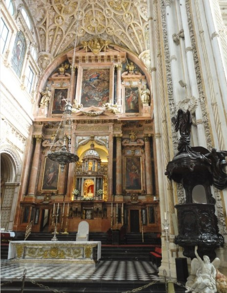 Le retable principal de la cathédrale de Cordoue