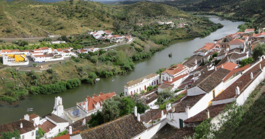 La rivière Guadiana vue du château