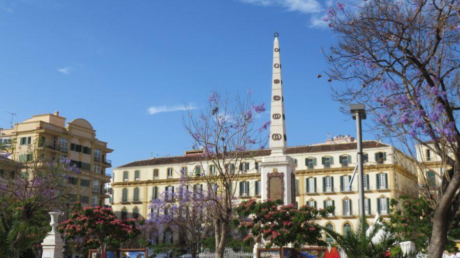 L'Obélisque sur La Plaza de La Merced - Malaga