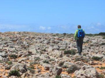 chemin caillouteux sur la côte du Cap St Vincent