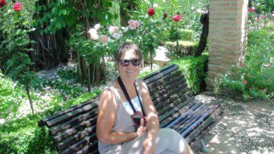 Une fleur parmi les fleurs de l'Alhambra