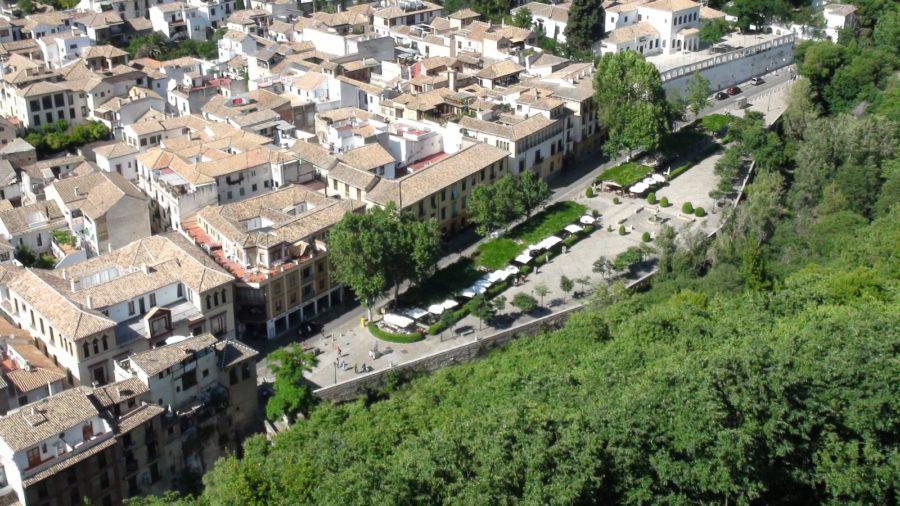 El Paseo de los Tristes vu de l'Alhambra