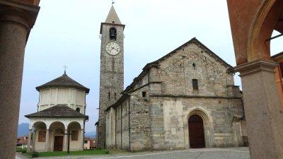 L'église et le Baptistère de Baveno