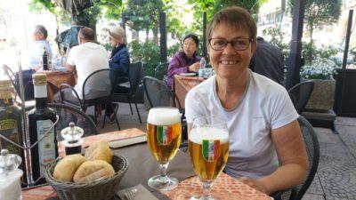Déjeuner sur une terrasse de Bellagio