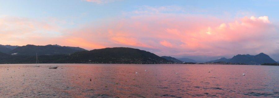 Soleil couchant sur le lac Majeur