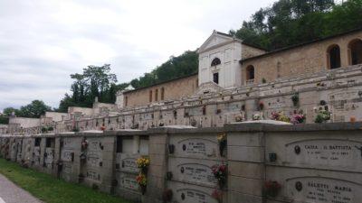 Le cimetière à étages de Salo