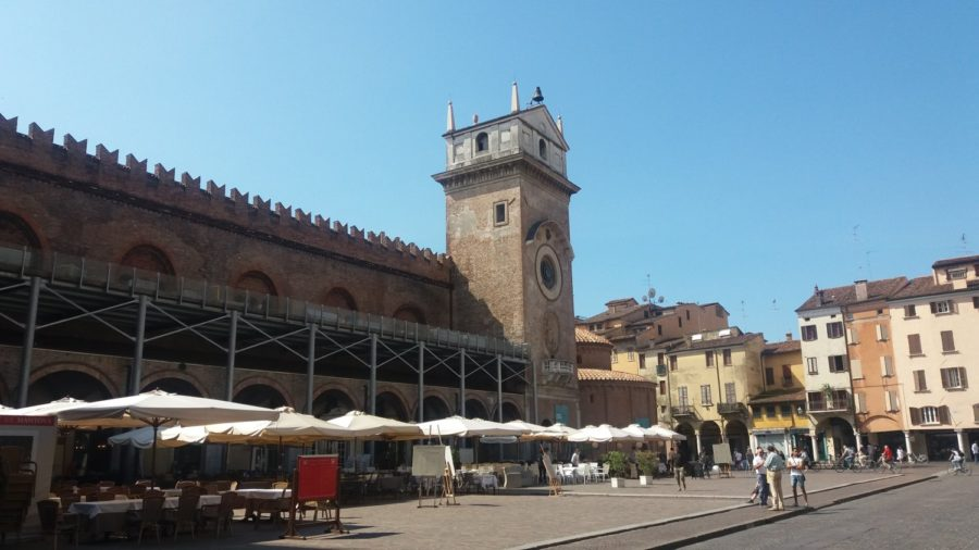 Piazza Sordello de Mantoue