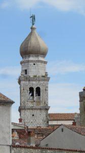 Le clocher à bulbe de la cathédrale de Krk (Croatie)