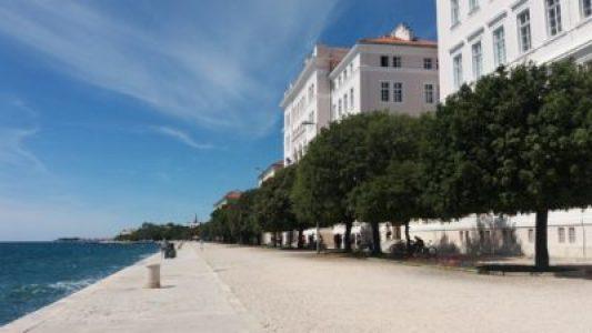 Les quais de bord de mer de Zadar