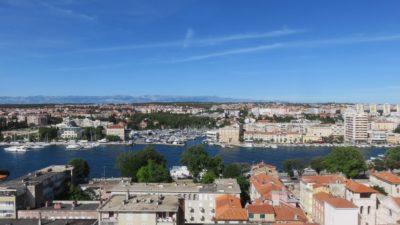 Vue sur la ville de Zadar depuis la tour de la Cathédrale Ste Anastasie