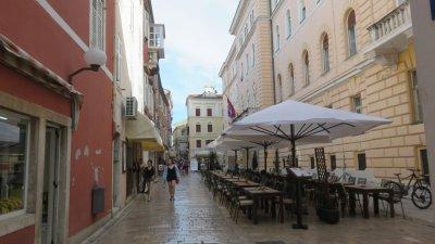 Les rues de la vieille ville de Zadar