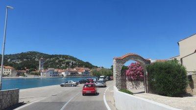 Arrivée sur l'île de Murter à Tisno (Croatie)