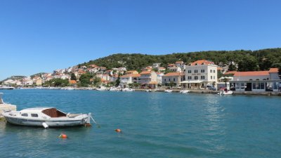 Arrivée sur l'île de Murter (Croatie)