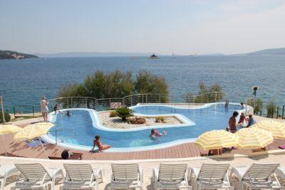 La piscine du camping Belvédère de Seget Vranjica (Croatie)