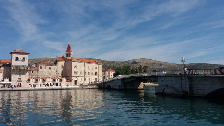 Le pont entre Trogir et l'île de Ciovo