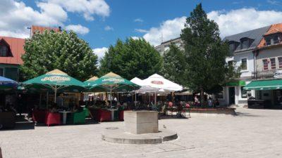 La place centrale de Cetinje - Monténégro