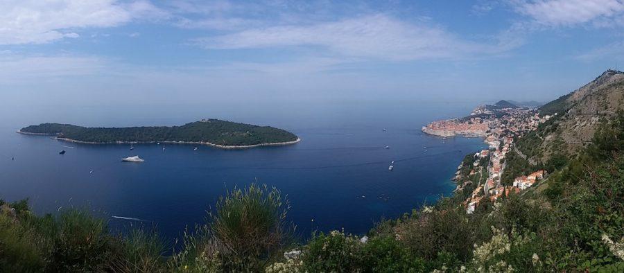 Vue sur Dubrovnik et l'île de Lokrum - Croatie