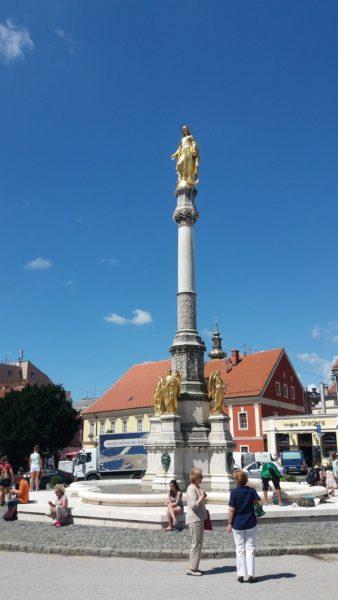 Colonne de la Sainte Vierge, place du Kaptol - Zagreb (Croatie)