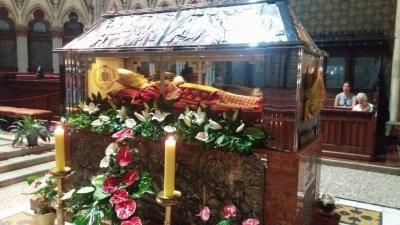 La tombe du cardinal Stepinac dans la cathédrale de Zagreb