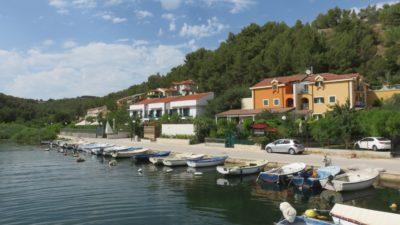 Le petit port de Skradin - Croatie