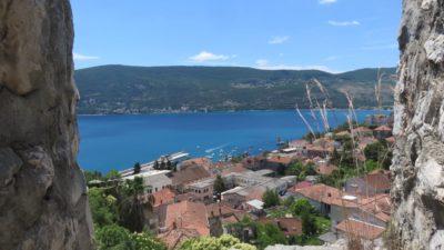 Vue sur Herceg Novi depuis la forteresse Kanli Kula - Monténégro