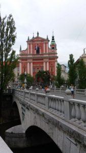 Le pont triple et l'église franciscaine de l'Annonciation - Ljubljana (Slovénie)