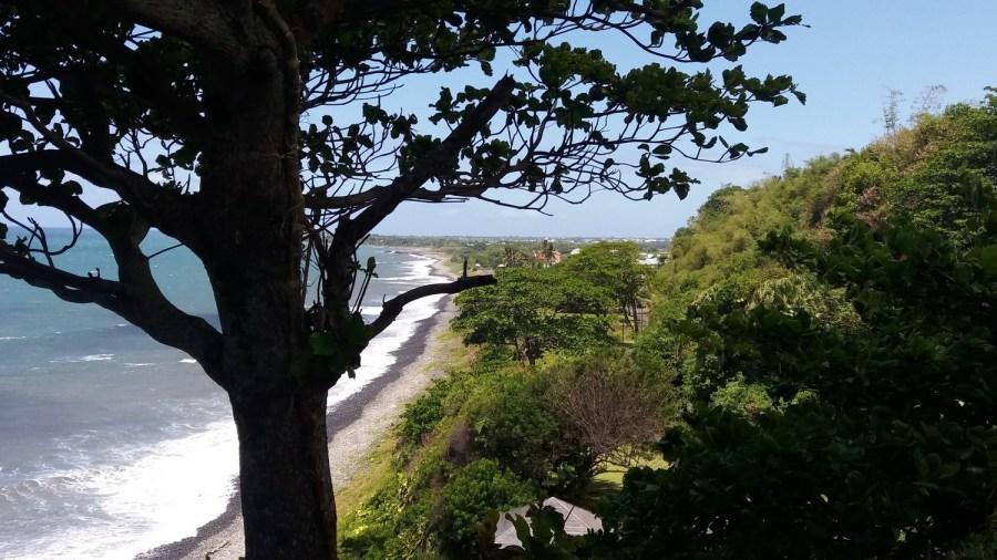 Au pied du phare de Bel Air - Ste Suzanne (Réunion)