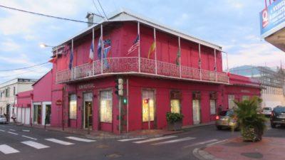 Maison créole colorée du centre ville de St Denis (Réunion)