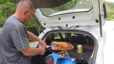 Casse croûte au bassin La Paix - Réunion