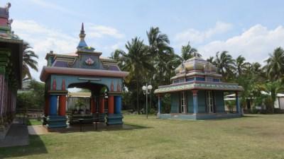 Le temple tamoul  Nassaringua-Perournal - St Pierre (Réunion)