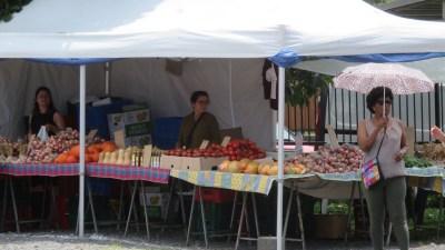 Légumes au marché du curcuma - Plaine des Grègues (Réunion)