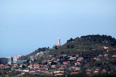 Vue sur les hauteurs de Funchal depuis le jardin botanique