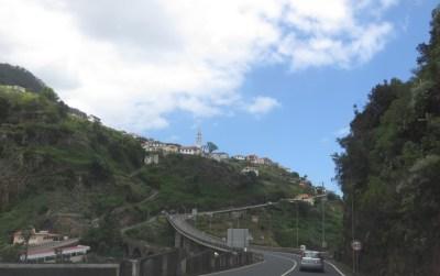 Sur la route de Porto da Cruz - Madère