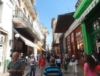 La rue Obispo - La Havane (Cuba)
